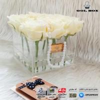 ♥باکس مکعبی تمام شیشه ای با 9 شاخه گل رز♥
